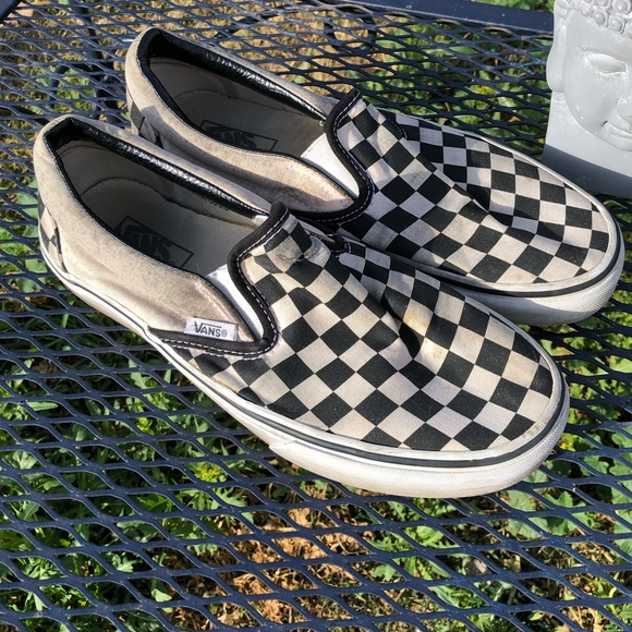 faab49386010b1 Slip on checkered vans. M 5c59c3014ab633e1a29673b1
